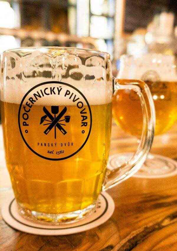 avoid-crazy-crowds-prague-pocernicky-brewery