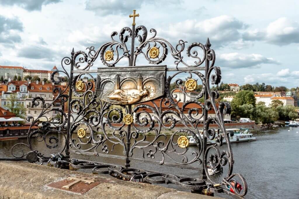 Charles Bridge in Prague, Czech Republic.