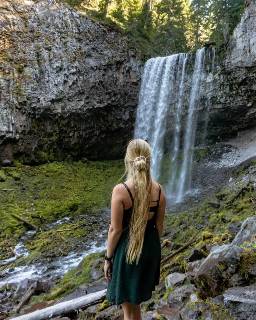 Tamanawas-Falls-Red-White-Adventures