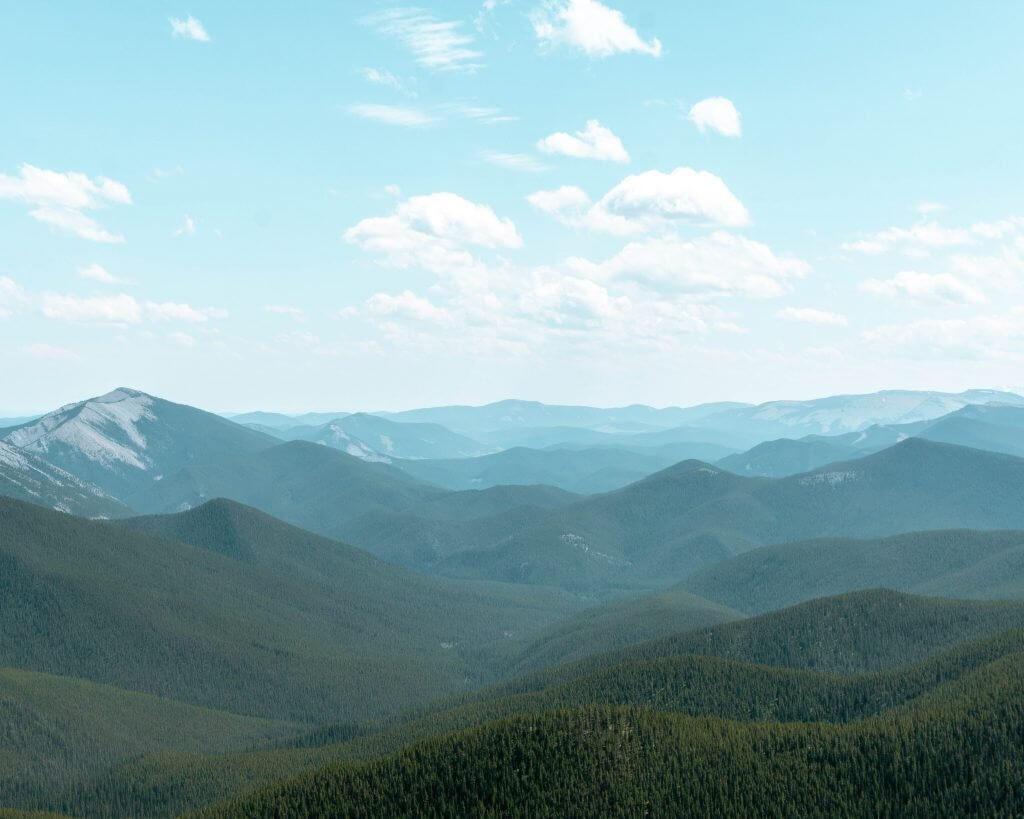 Beautiful views of Canadian Rockies.