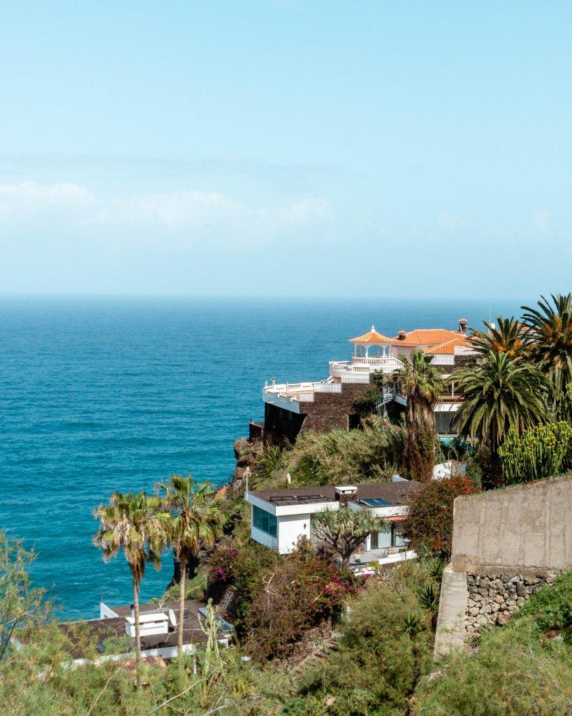 Gorgeous views of a beautiful house  Tenerife, Spain.