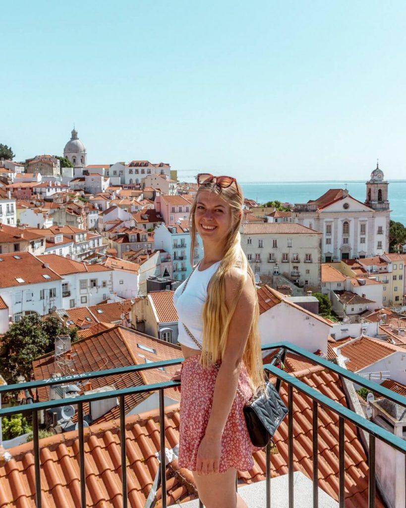 Jo exploring a weekend in Lisbon.