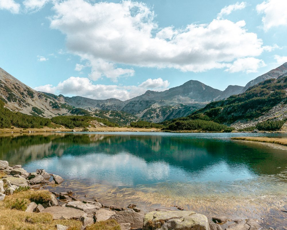 Amazing views of Muratovo Lake in the Pirin National Park.