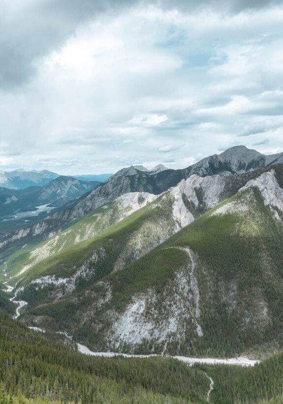 Wasootch-ridge-red-white-adventures